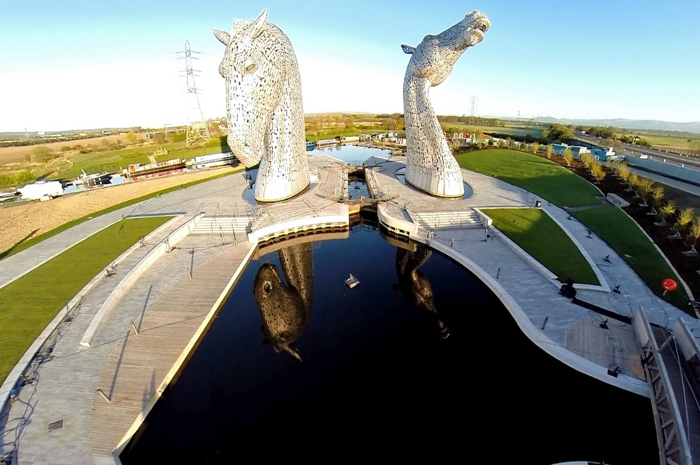 the Helix. the Kelpies  Hub Landscape. Image courtesy of Alan Corrie https://www.facebook.com/scotlandabove